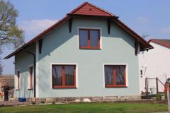 Autobazar Nový Bydžov kompletní dodávka střechy se zdobenými přesahy