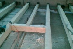 Prvně jsme opravili stropní část